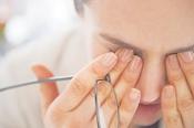 Giải Đáp Thắc Mắc: Bệnh Quáng Gà Thiếu Vitamin Gì?