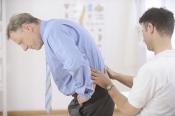 Mách Bạn: Cách trị đau lưng tại nhà đơn giản không cần thuốc