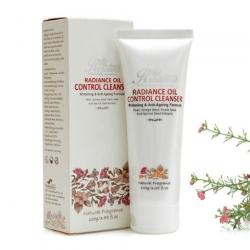 Sữa rữa mặt kiểm soát nhờn Rosanna Radiance Oil Control Cleanser 100g