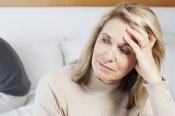 Giải đáp câu hỏi triệu chứng tiền mãn kinh kéo dài bao lâu?